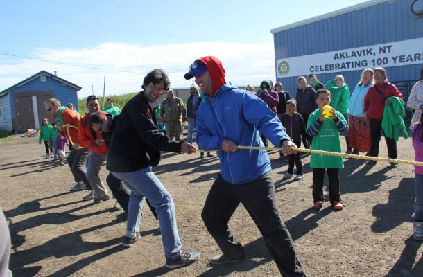 A tug-of-war competition in Aklavik.