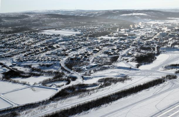 A bird's-eye view of Inuvik in the winter.