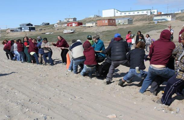Tug of war on Oceans Day in Sachs Harbour.